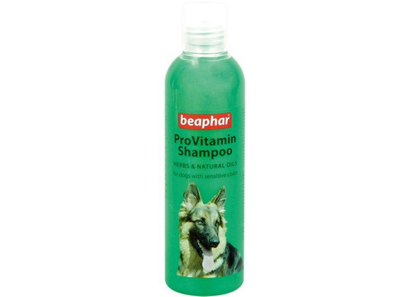 """Beaphar Шампунь """"Pro Vitamin"""" травяной, для чувствительной кожи, для собак и кошек (Herbs&Natural Oils), 250 мл - Фото"""