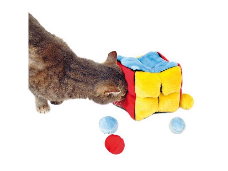 """Игрушка Trixie для кошек - """"Кубик"""" меховой с шариками, с ароматом кошачьей мяты (4104), 14*14*14 см    - Фото"""