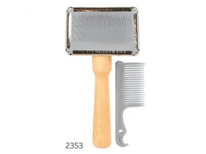 Щетка-пуходерка Trixie мягкая, с деревянной ручкой +расческа (2353), 13*6 см    - Фото